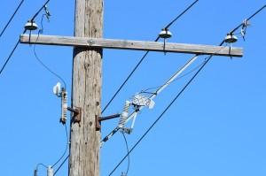 mobile-crane-power-lines