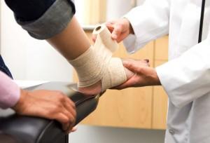 treating-sprains-strains